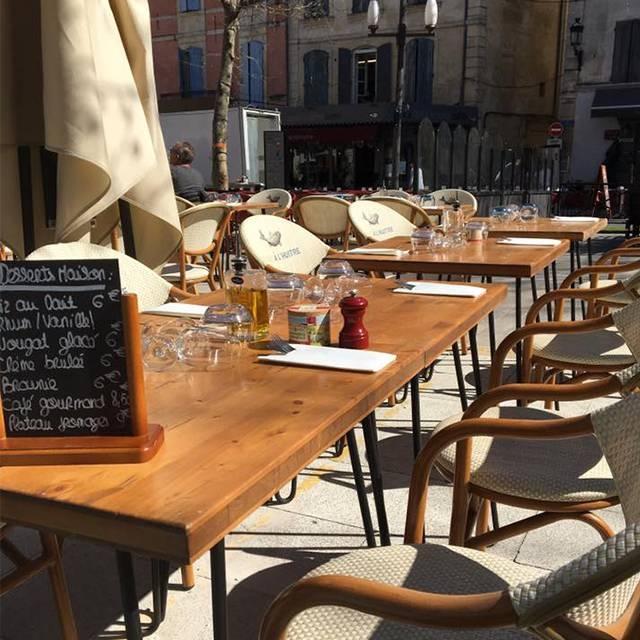 Du Bar à l'huitre - Restaurant Arles